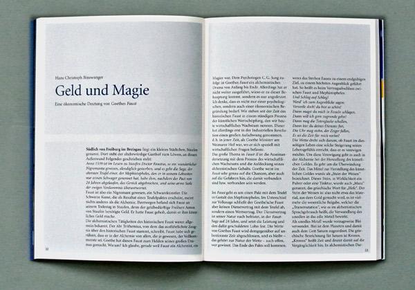 Doppelseite des Salzburger Programmheftes. Foto: Gudrun Pawelke