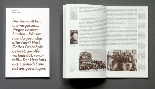 Platonov-Programmbuch: Titel und Doppelseite mit Hintergründen zur Stückentstehung. Foto: Gudrun Pawelke